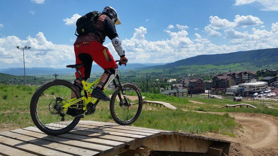 How to build a mountain bike ladder bridge