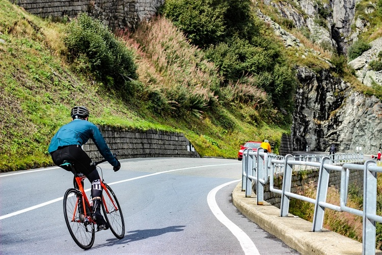 What Goes Into Choosing the Perfect Road Bike